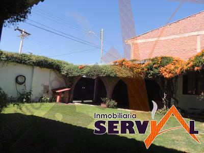 5-thumbnail-casa-en-venta-de-dos-dos-cuadras-de-la-avenida