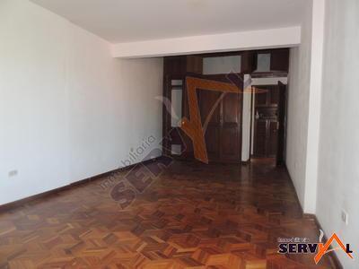 casa-en-venta-de-dos-dos-cuadras-de-la-avenida