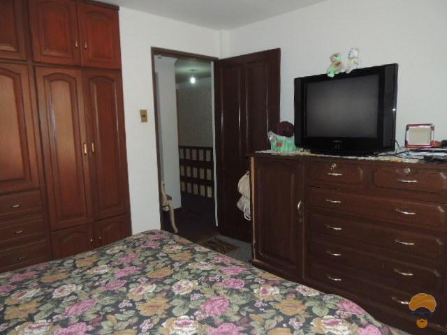 6-thumbnail-vendo-casa-2-plantas-tadeo-haenke