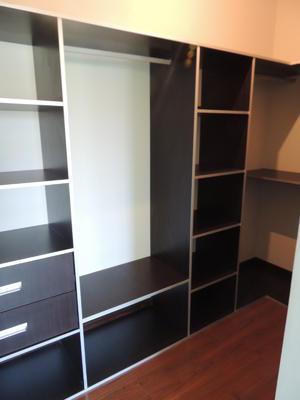 casa-3-pisos-estilo-minimalista-en-condominio