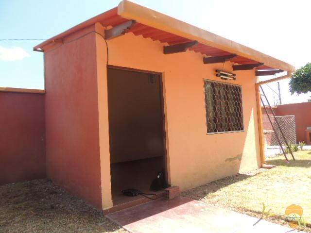 2-thumbnail-vendo-casa-en-zona-frutillar-sobre-364-mts
