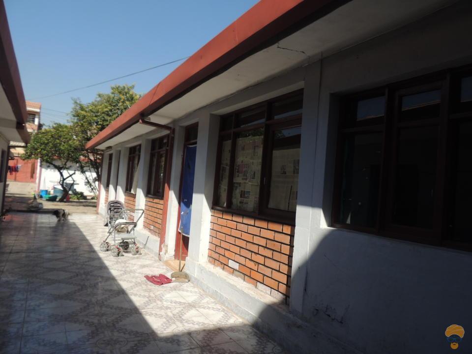 3-thumbnail-vendo-casa-sobre-336-mts-perez