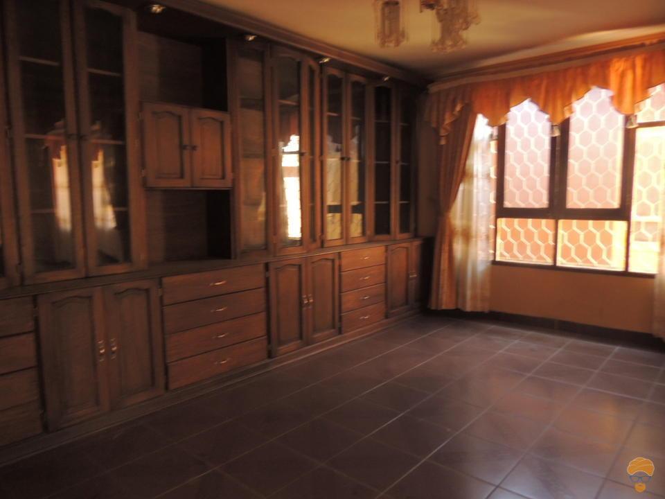7-thumbnail-casa-en-venta-de-536-av-belzu