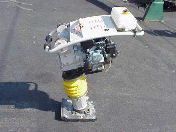 compactadores-mustang-nueva-con-motor-honda-2800