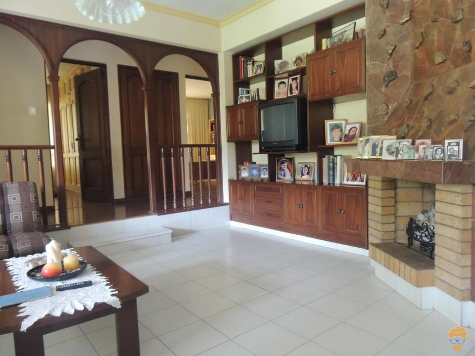 6-thumbnail-vendo-casa-sobre-752-metros-avenida-pando
