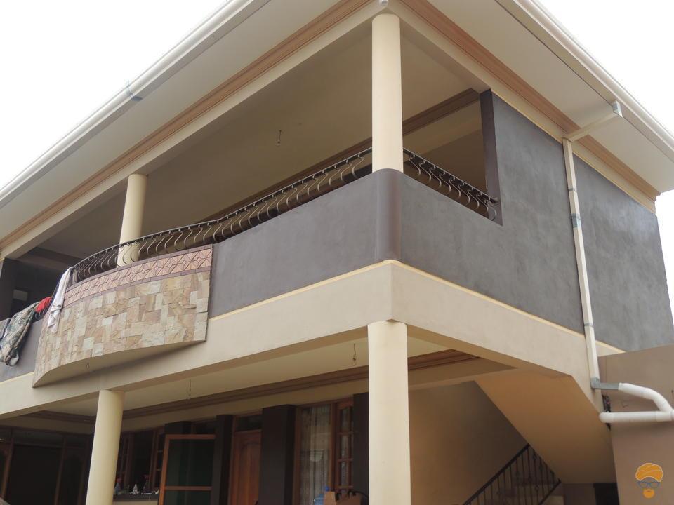 6-thumbnail-vendo-casa-sobre-la-avenida-metros