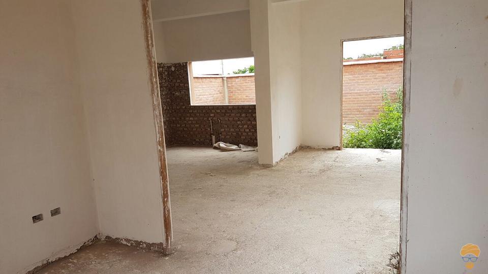 3-thumbnail-vendo-casa-de-tres-plantas-inmediaciones-chilimarca