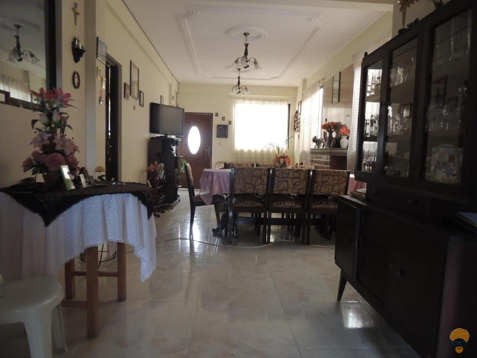 6-thumbnail-vendo-casa-en-inmediaciones-el-castillo