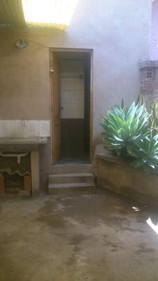 alquilo-pequena-casita-inmediaciones-avenida-villavicencio-calle-qallawaya