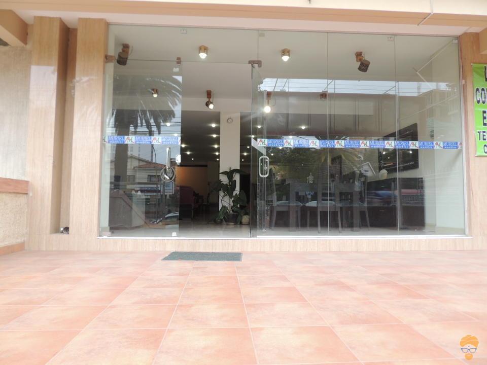 1-thumbnail-en-cala-cala-vendo-local-comercial-sobre-avenida