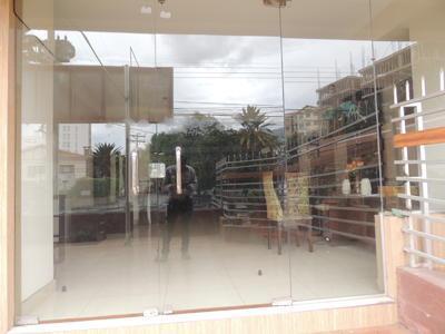 en-cala-cala-local-comercial-avenida