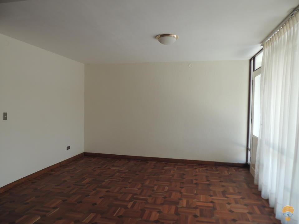 3-thumbnail-en-alquiler-departamento-amplio-centrico-salle