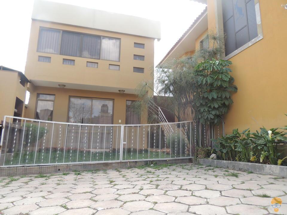 10-thumbnail-vendo-casa-de-dos-plantas-sector-tranca-tiquipaya