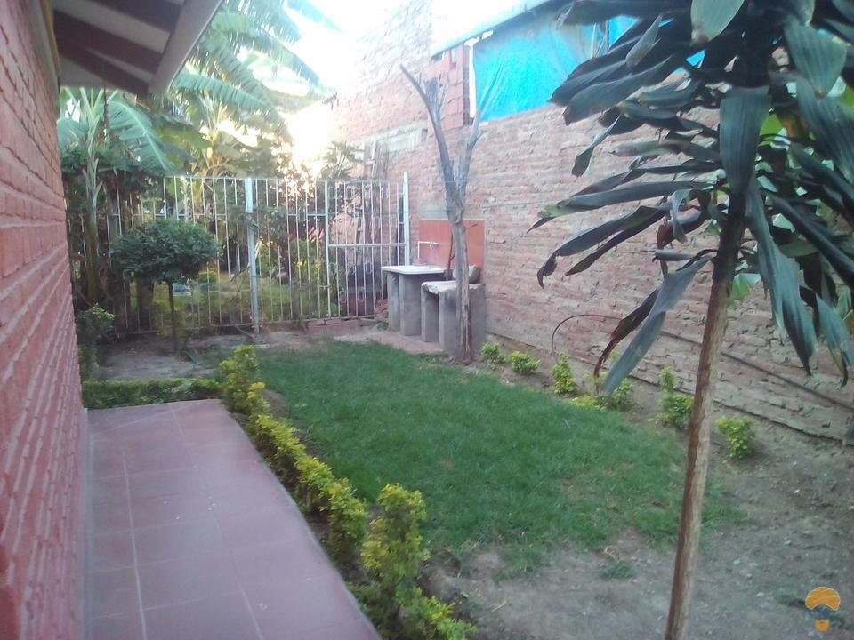 4-thumbnail-casa-en-alquiler-ideal-para-la-rosa-la-av-melchor