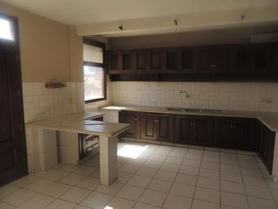 casa-independiente-en-alquiler-inmediaciones-km4
