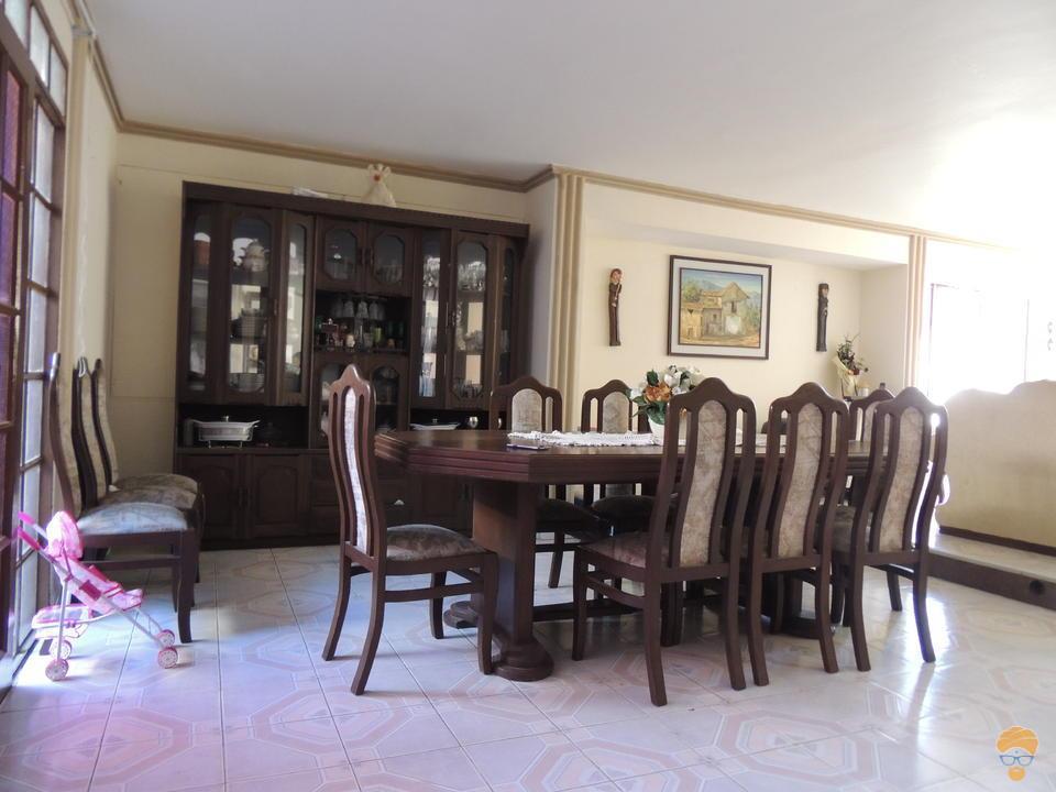 8-thumbnail-vendo-casa-de-dos-plantas-avenida-circunvalacion