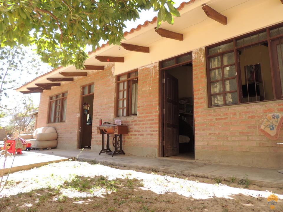 2-thumbnail-casa-en-venta-en-sacaba-de-868-metros