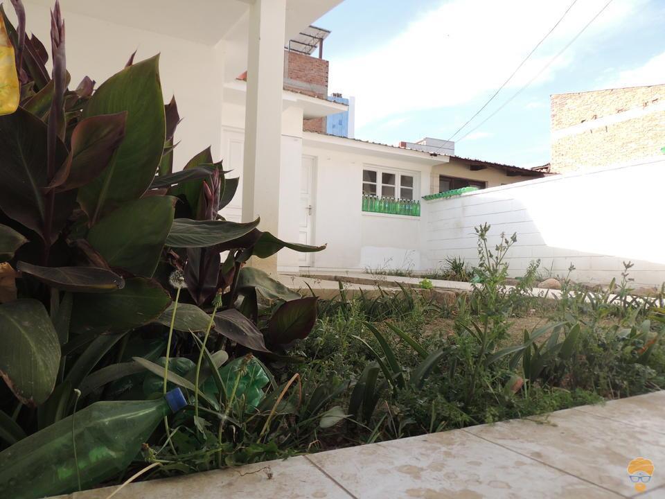 4-thumbnail-casa-en-venta-inmediaciones-del-sombrero-de-chola
