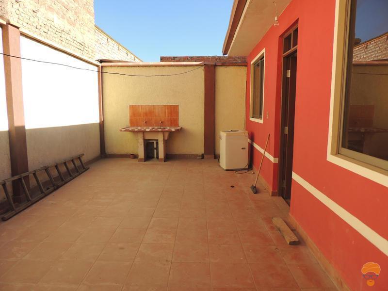 3-thumbnail-vendo-casa-inmediaciones-avcircunvalacion-avmelchor