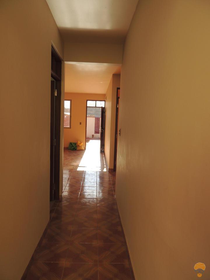 2-thumbnail-vendo-casa-inmediaciones-avcircunvalacion-avmelchor