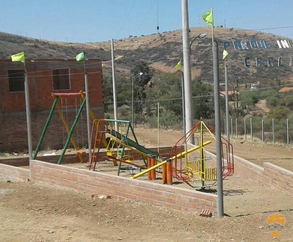 4-thumbnail-vendo-terreno-sector-lago-del-la-carretera