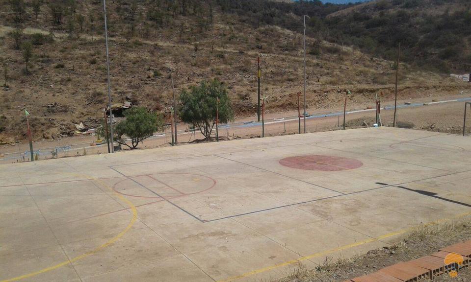 5-thumbnail-vendo-terreno-sector-lago-del-la-carretera