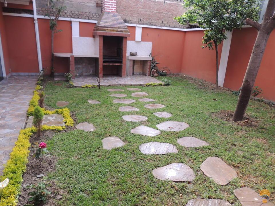 4-thumbnail-casa-en-venta-de-2-av-villavicencio