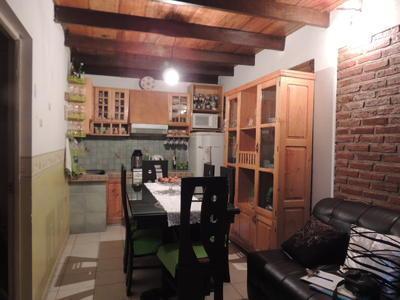 casa-de-dos-niveles-en-av-atahuallapa-circunvalacion