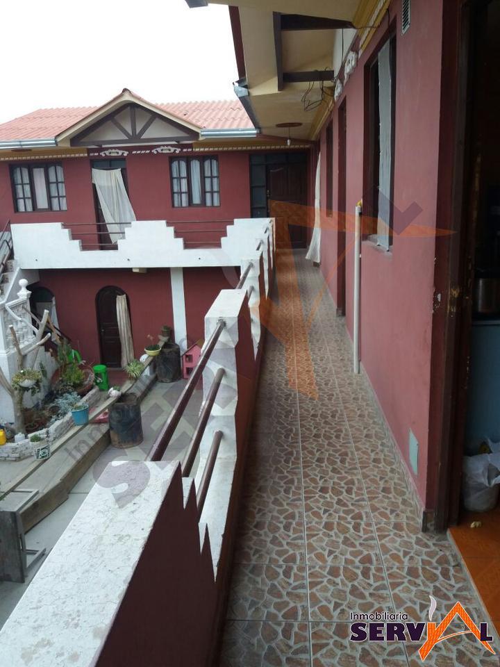 2-thumbnail-casa-con-dos-departamentos-en-av-beijing