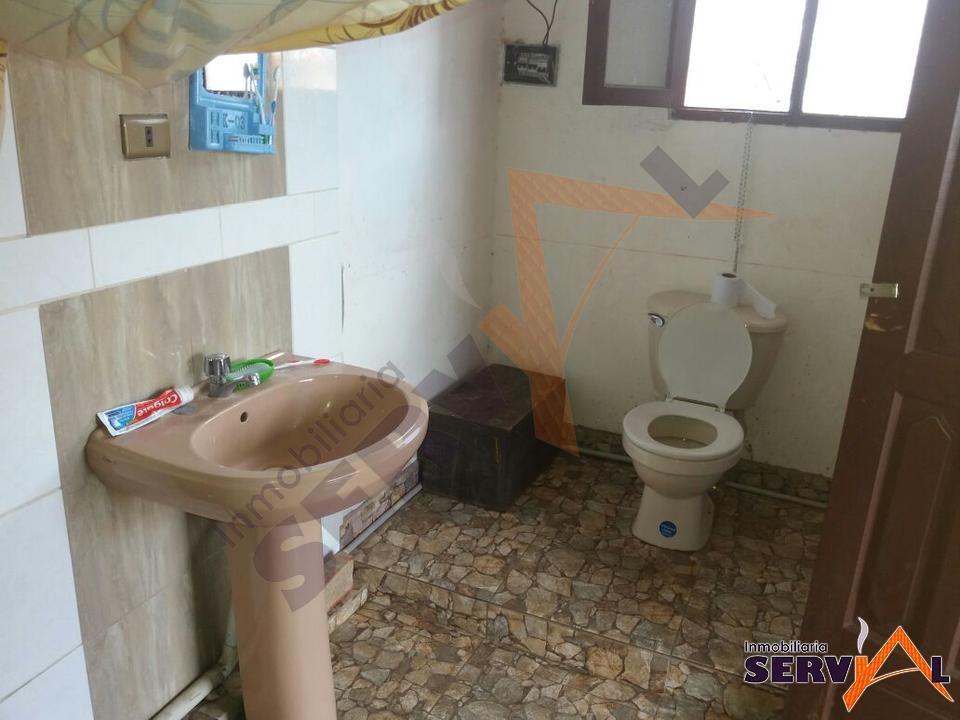 3-thumbnail-casa-con-dos-departamentos-en-av-beijing