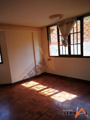 casa-de-3-pisos-en-inmediaciones-av-pando