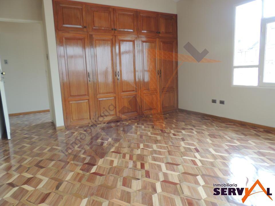 normal-casa-con-tres-departamentos-independientes-beijing