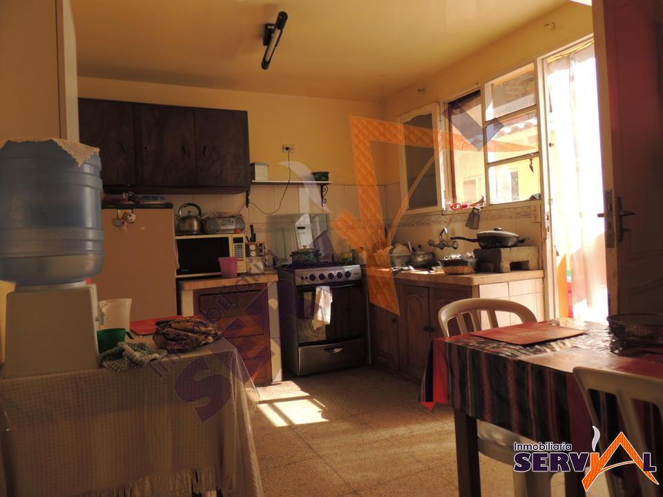5-thumbnail-vendo-casa-sobre-avenida-zona-av-chiquicollo