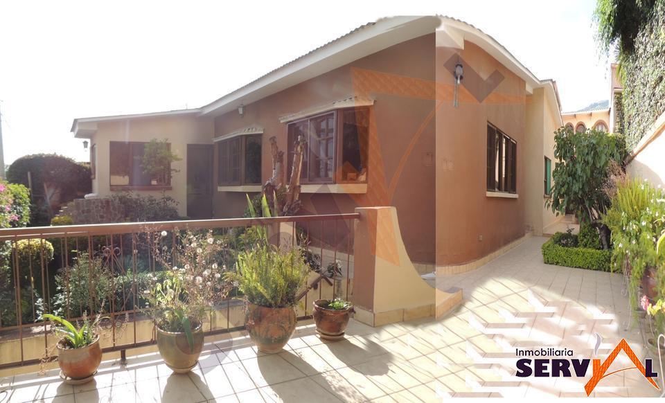 2-thumbnail-casa-en-venta-en-la-un-departamento-auxiliar