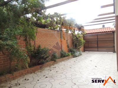 hermosa-casa-en-venta-con-av-villavicencio-thunupa
