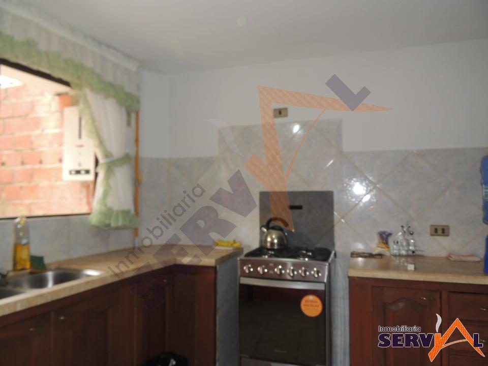 5-thumbnail-hermosa-casa-en-venta-con-av-villavicencio-thunupa