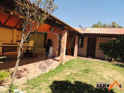 casa-en-venta-con-superficie-country-club