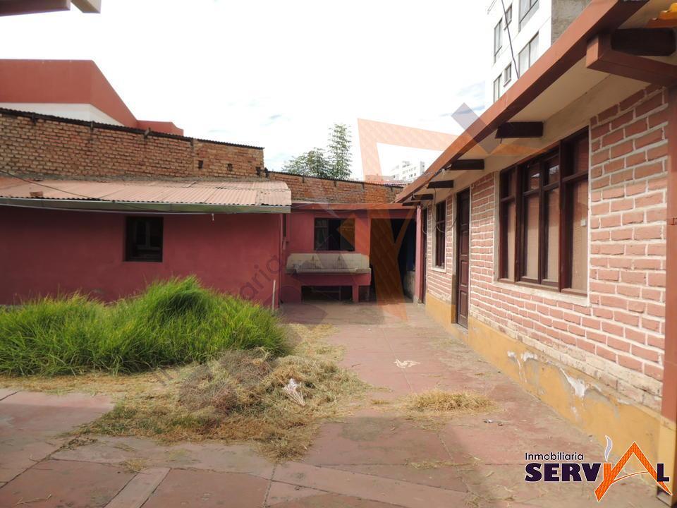 4-thumbnail-excelente-ubicacion-vendo-casa-a-av-libertador-bolivar