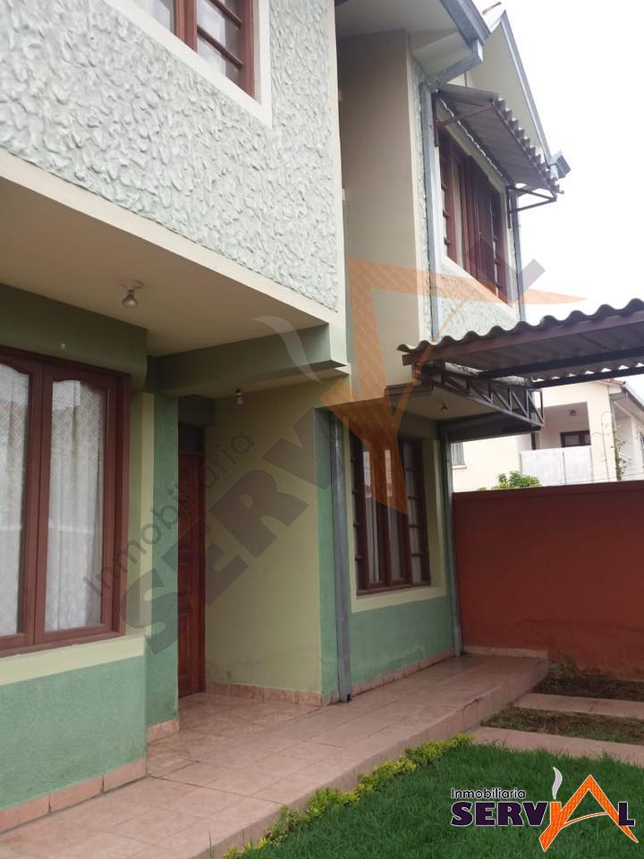 1-thumbnail-casa-de-dos-plantas-en-melchor-perez