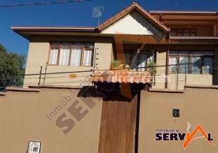 casa-semi-independiente-en-alquiler-victor-ustariz-km-4
