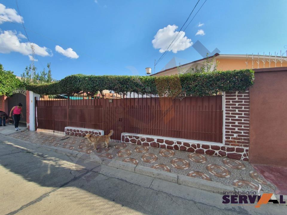2-thumbnail-hermosa-casa-en-venta-zona-barrio-profesional