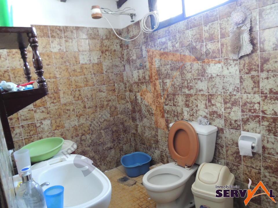 7-thumbnail-hermosa-casa-en-venta-zona-barrio-profesional