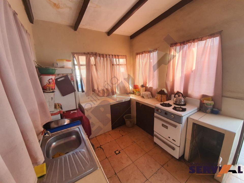11-thumbnail-hermosa-casa-en-venta-zona-barrio-profesional