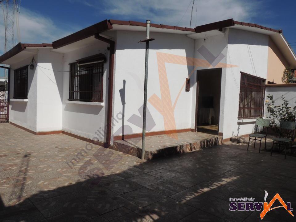 3-thumbnail-hermosa-casa-en-venta-zona-barrio-profesional