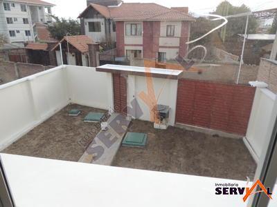 bonita-casa-de-2-plantas-barrio-profesional