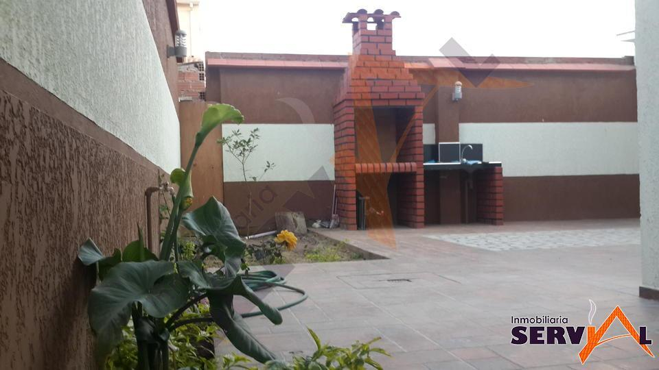 normal-hermosa-casa-de-dos-plantas-seminario