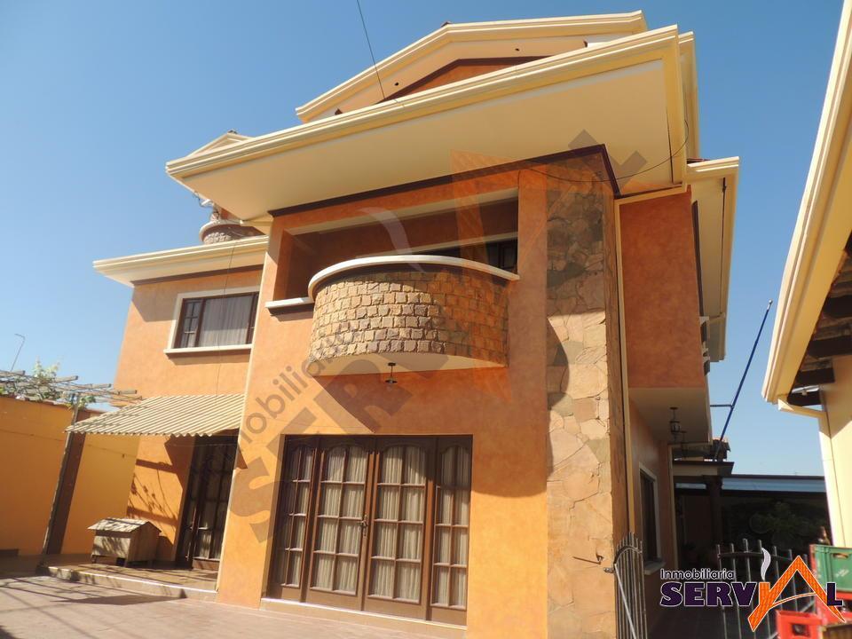 2-thumbnail-sobre-avenida-casa-de-3-6-bgalindo