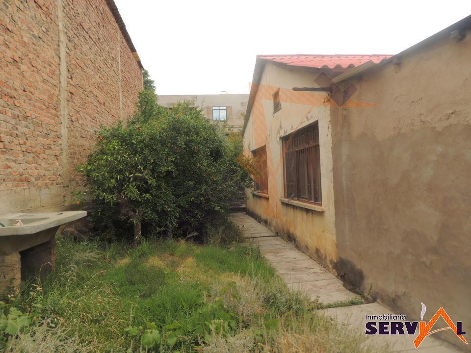 4-thumbnail-casa-en-venta-1040-m2-de-av-circunvalacion