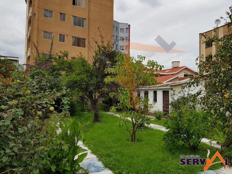 1-thumbnail-casa-en-venta-a-pasos-sobre-775-m2