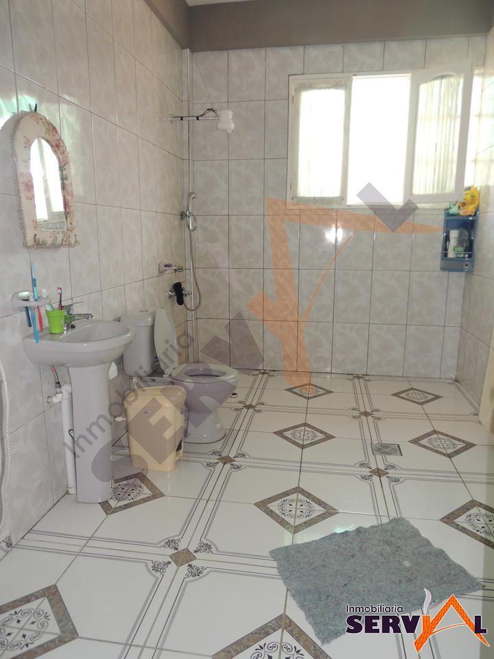 3-thumbnail-casa-en-venta-sobre-697-chiqicollo-av-linde